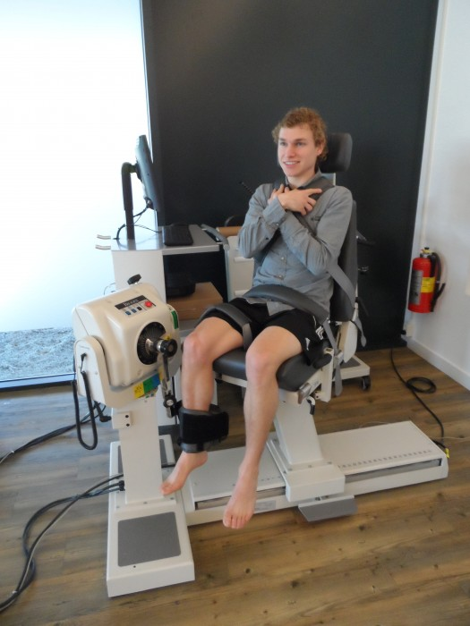 Cross-education to accelerate recovery after ACL surgery