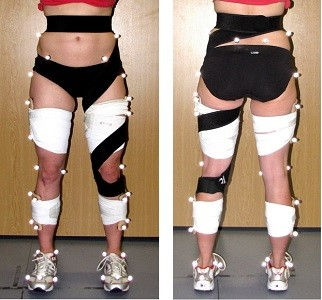 Can a strap reduce hip internal rotation during running?
