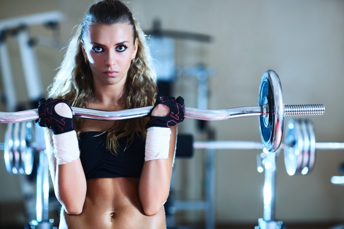 Pelvic organ prolapse in women who train with heavy weights