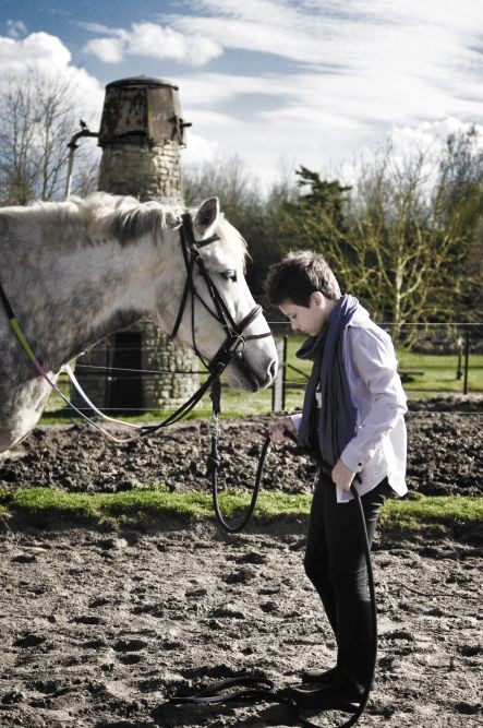 Indications and effectiveness of hippotherapy