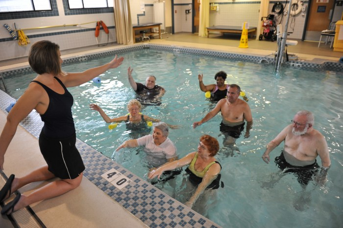 Aquatic physiotherapy and fall risk in elderly