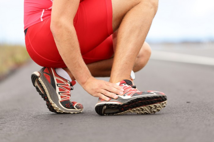Use of manual therapy with exercise in ankle injuries