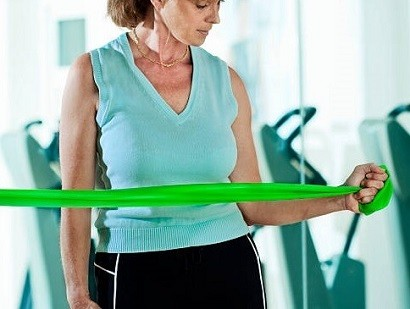 Individual, group or home exercise for subacromial pain