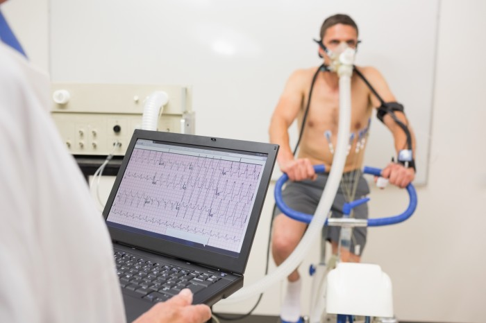 Exercise tests in patients with heart failure