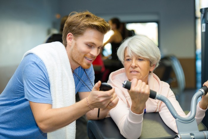 Improving physical fitness in elderly manufacturing workers