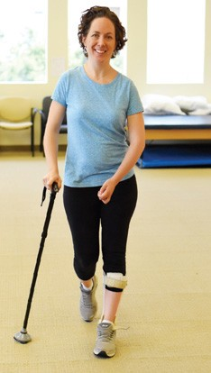 Upright pedalling to drive recovery early after stroke